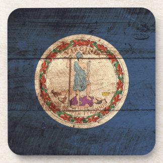 Bandera del estado de Virginia en grano de madera Posavasos De Bebidas
