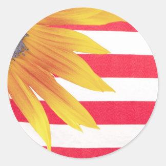 Bandera del girasol pegatina redonda