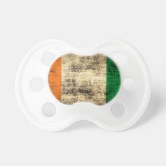 Bandera del irlandés del Grunge Chupete De Bebe
