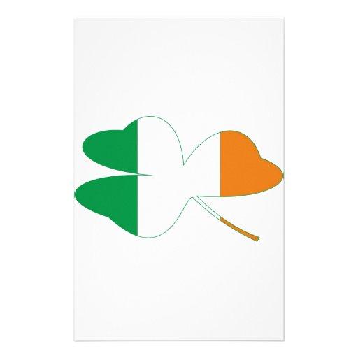 Bandera del irlandés del trébol personalized stationery