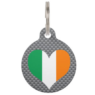 Bandera del irlandés en fondo del metal