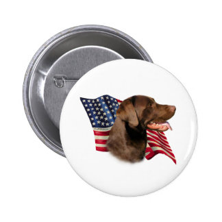 Bandera del labrador retriever del chocolate - mod pin redondo de 2 pulgadas