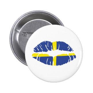 bandera del lápiz labial del beso de Suecia Pin Redondo De 2 Pulgadas