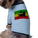 Bandera del león camisa de mascota