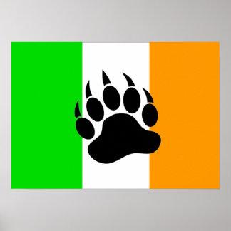 Bandera del orgullo del oso del irlandés posters