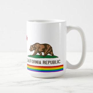 Bandera del orgullo gay de California Taza Clásica