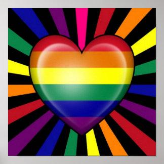Bandera del orgullo gay del corazón del arco iris poster