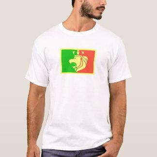 Bandera del reggae de Rasta con el león coronado Playera
