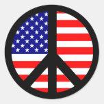 Bandera del símbolo de paz pegatinas redondas