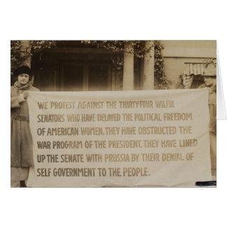 Bandera del sufragio de las mujeres en dc 1918 de tarjeta de felicitación