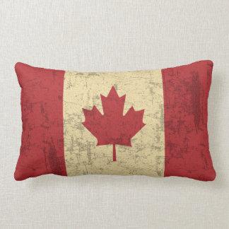 Bandera del vintage de Canadá apenada Cojín