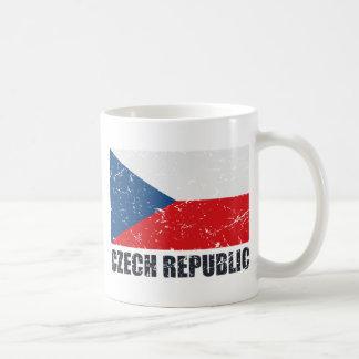 Bandera del vintage de la República Checa Tazas De Café