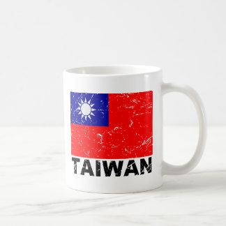 Bandera del vintage de Taiwán Taza Básica Blanca