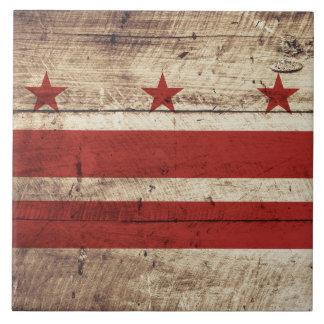Bandera del Washington DC en grano de madera viejo Azulejo Cuadrado Grande