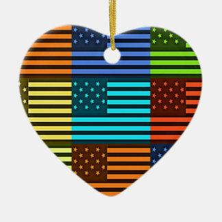 Bandera divertida de los E.E.U.U. Adorno De Cerámica En Forma De Corazón