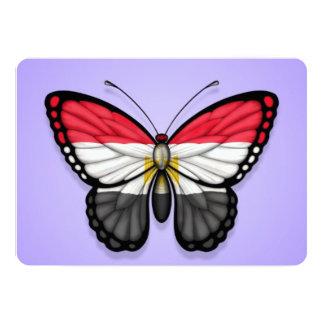 """Bandera egipcia de la mariposa en púrpura invitación 5"""" x 7"""""""
