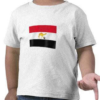 Bandera egipcia del balón de fútbol del camello de camiseta
