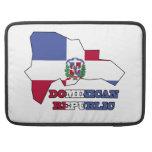 Bandera en la República Dominicana del mapa Funda Macbook Pro