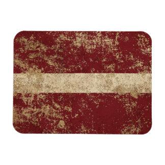 Bandera envejecida áspera del Latvian del vintage Imán Rectangular