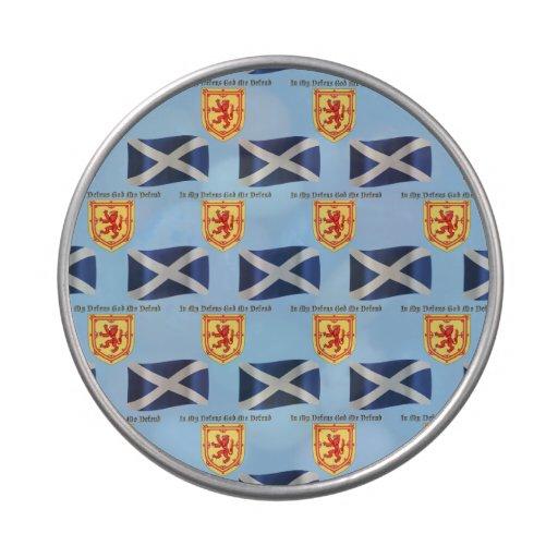 Bandera, escudo y lema de Escocia Latas De Caramelos