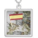 Bandera española en mapa joyeria personalizada