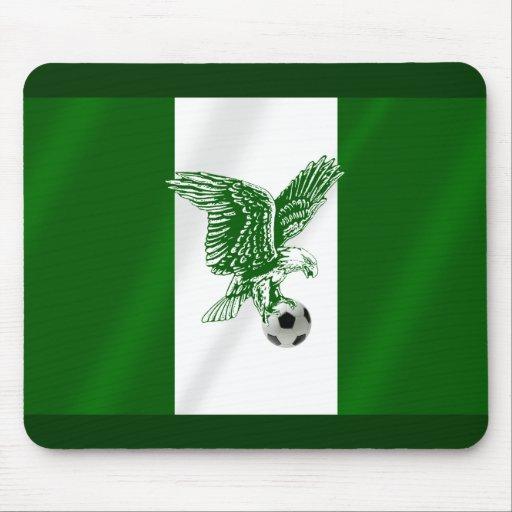 Bandera estupenda nigeriana del fútbol de Eagles d Mouse Pads