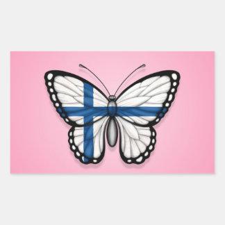 Bandera finlandesa de la mariposa en rosa pegatina rectangular