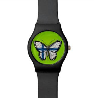 Bandera finlandesa de la mariposa en verde relojes