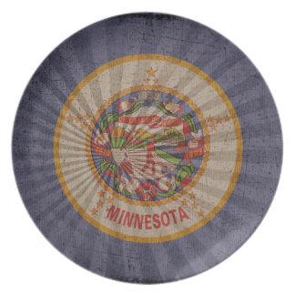 Bandera fresca de Minnesota del Grunge Platos