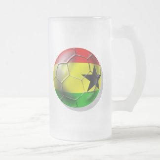 Bandera ghanesa del balón de fútbol de Ghana para  Taza