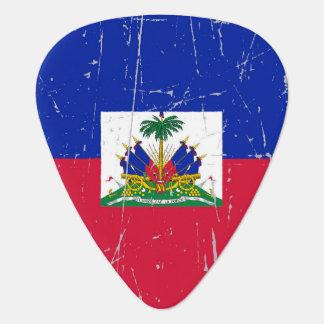 Bandera haitiana rascada y rasguñada plumilla de guitarra