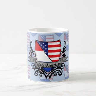 Bandera Holandés-Americana del escudo Taza Básica Blanca