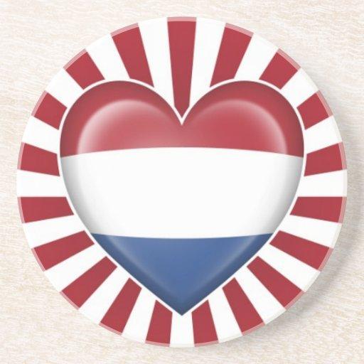 Bandera holandesa del corazón con la explosión de  posavasos diseño