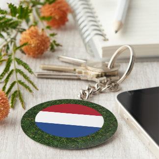 Bandera holandesa en hierba llavero redondo tipo pin