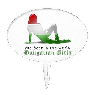 Bandera húngara de la silueta del chica palillos de tarta