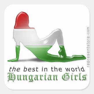 Bandera húngara de la silueta del chica pegatinas cuadradases