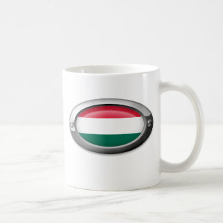 Bandera húngara en el marco de acero tazas