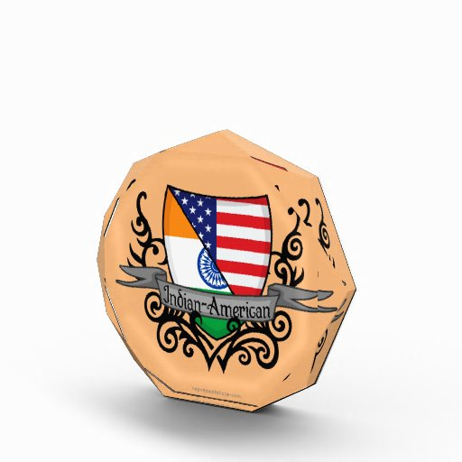 Bandera Indio-Americana del escudo