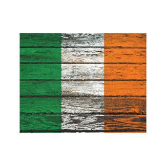 Bandera irlandesa con efecto de madera áspero del  impresiones en lienzo estiradas