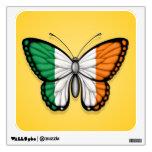 Bandera irlandesa de la mariposa en amarillo
