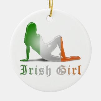 Bandera irlandesa de la silueta del chica ornamentos de reyes magos