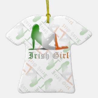 Bandera irlandesa de la silueta del chica ornamento para reyes magos