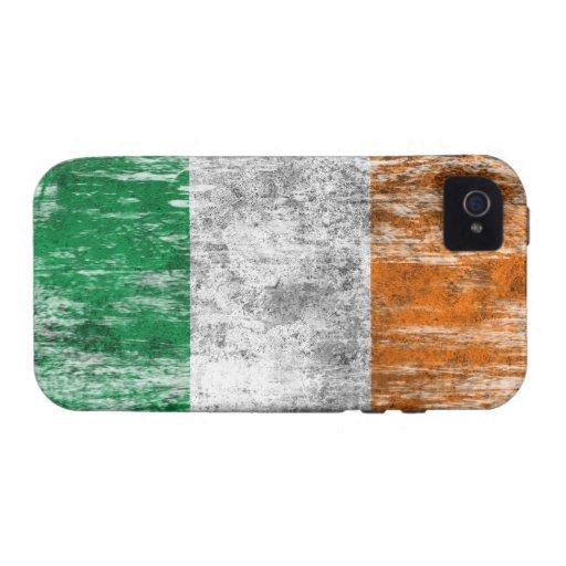 Bandera irlandesa rascada y llevada iPhone 4 carcasas