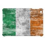 Bandera irlandesa rascada y llevada iPad mini cobertura
