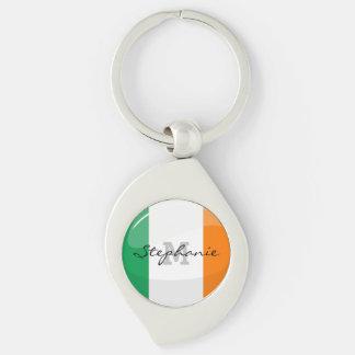 Bandera irlandesa redonda brillante llavero plateado en forma de espiral