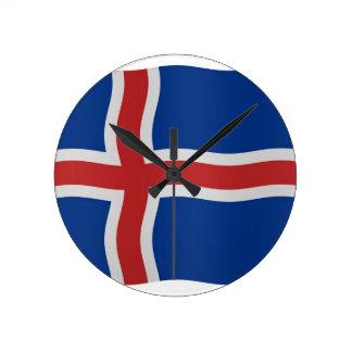 Bandera islandesa reloj redondo mediano