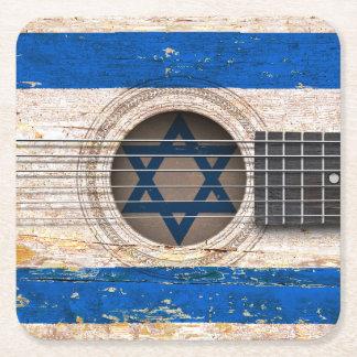 Bandera israelí en la guitarra acústica vieja