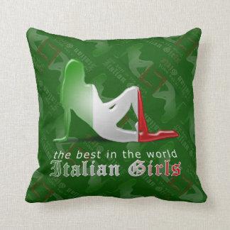 Bandera italiana de la silueta del chica cojín