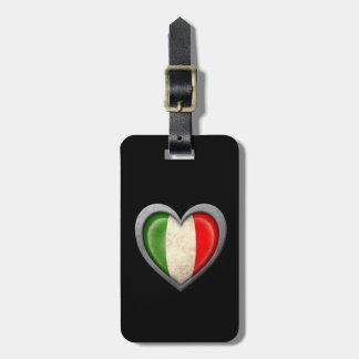 Bandera italiana del corazón con efecto del metal etiquetas para maletas