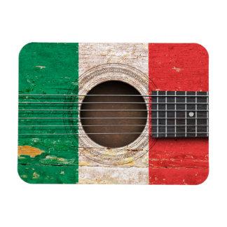 Bandera italiana en la guitarra acústica vieja imán foto rectangular